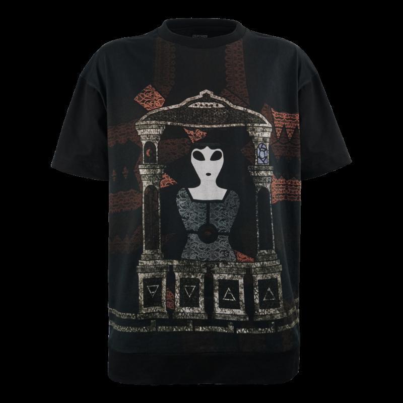 T-shirt Oversize Unisex made in Italy. T-shirt Nera con Stampa Digitale e Ricamo. Designed by Leonardo Passeri